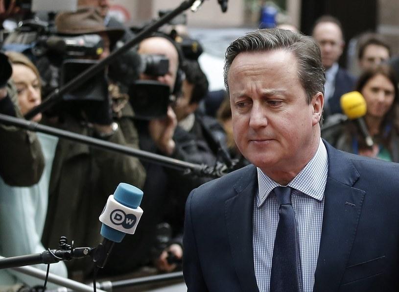 Premier Wielkiej Brytanii David Cameron /JULIEN WARNAND /PAP/EPA