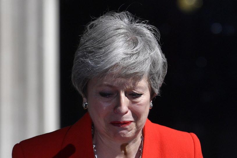 Premier Wielkiej Brytanii podczas ogłaszania swojej decyzji /NEIL HALL /PAP/EPA