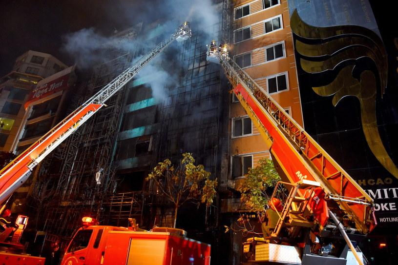 Premier zarządził śledztwo po tragicznym pożarze /PAP/EPA