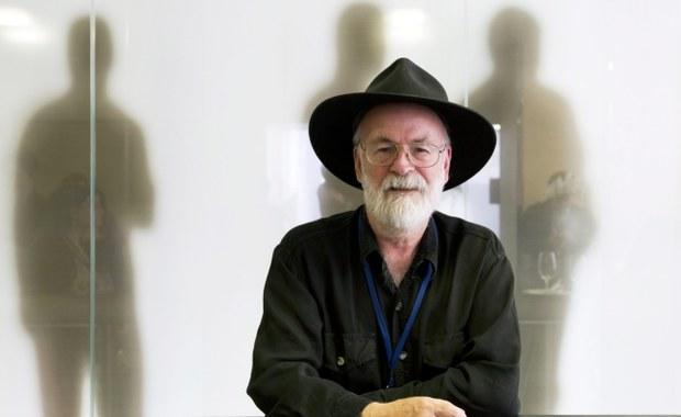Premiera ostatniej powieści Terry'ego Pratchetta. Do książki dołączają chusteczki