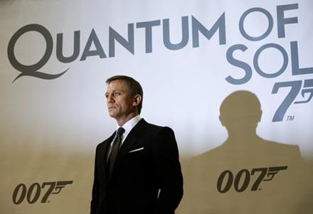 "Premiera ""Quentum of Solace"" będzie ""królewskim"" wydarzeniem /AFP"