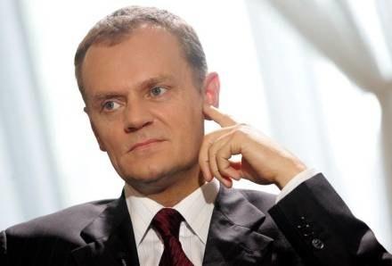 Premierowi nie udaje się przekonać mieszkańców Słupska do tarczy/fot. Piotr Bławicki /Agencja SE/East News