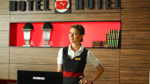 """Premierowy odcinek 7. sezonu """"Hotelu 52"""" zobaczycie juz 5 września! /Polsat"""