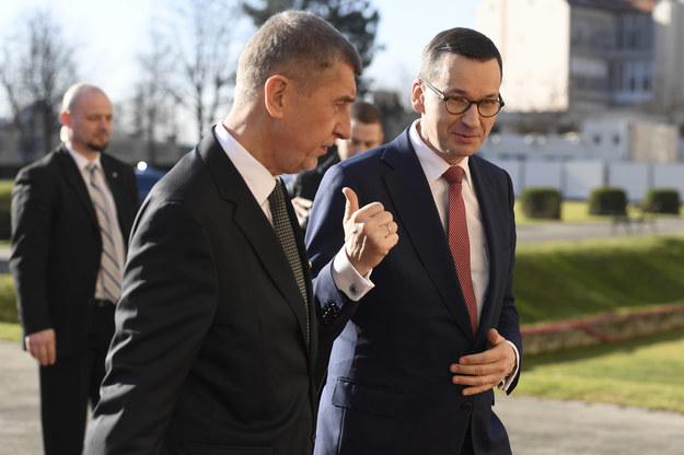 Premierzy Andrej Babisz i Mateusz Morawiecki /Ondrej Deml /PAP/CTK