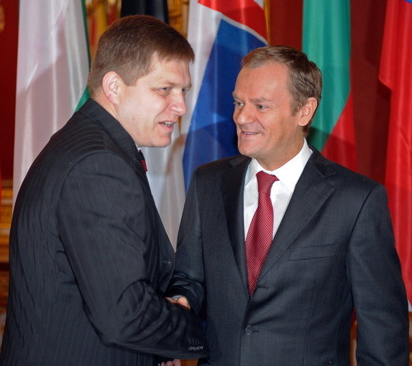 Premierzy Robert Fico i Donald Tusk /AFP