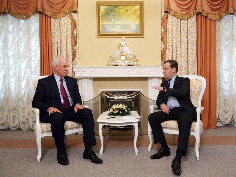 Premierzy Ukrainy i Rosji /AFP