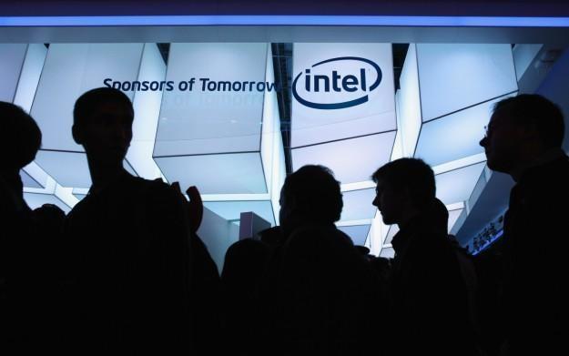 Prezentacja nowinek technologicznych firmy Intel na targach CES 2011 /AFP