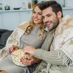 Prezenty na pierwsze święta młodego małżeństwa: co zawsze im się przyda?