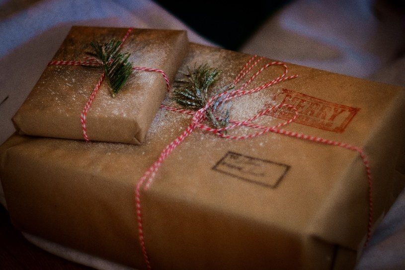 Prezenty świąteczne warto kupić wcześniej /Unsplash