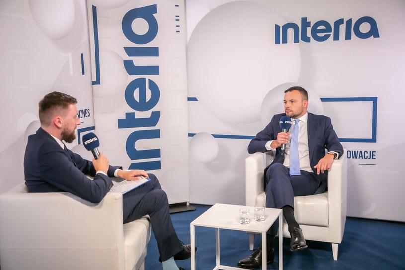 Prezes Agencji Badań Medycznych Radosław Sierpiński w studiu Interii. /Ireneusz Rek /INTERIA.PL