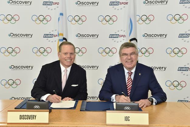 Prezes i CEO Discovery Communications David Zaslav (L) oraz prezes MKOl Thomas Bach /