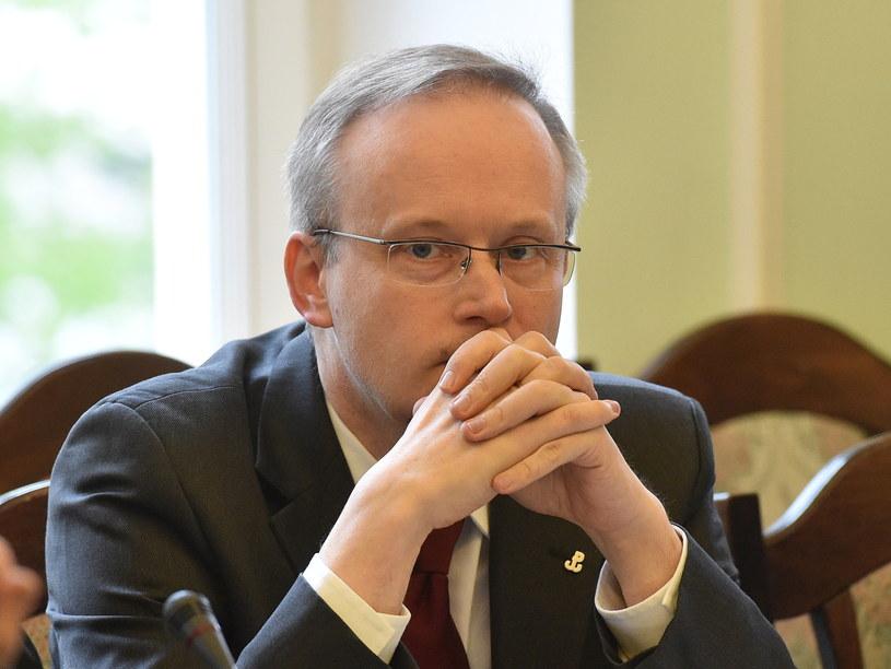 Prezes IPN Łukasz Kamiński podczas posiedzenia sejmowej Komisji Sprawiedliwości i Praw Człowieka /Radek Pietruszka /PAP