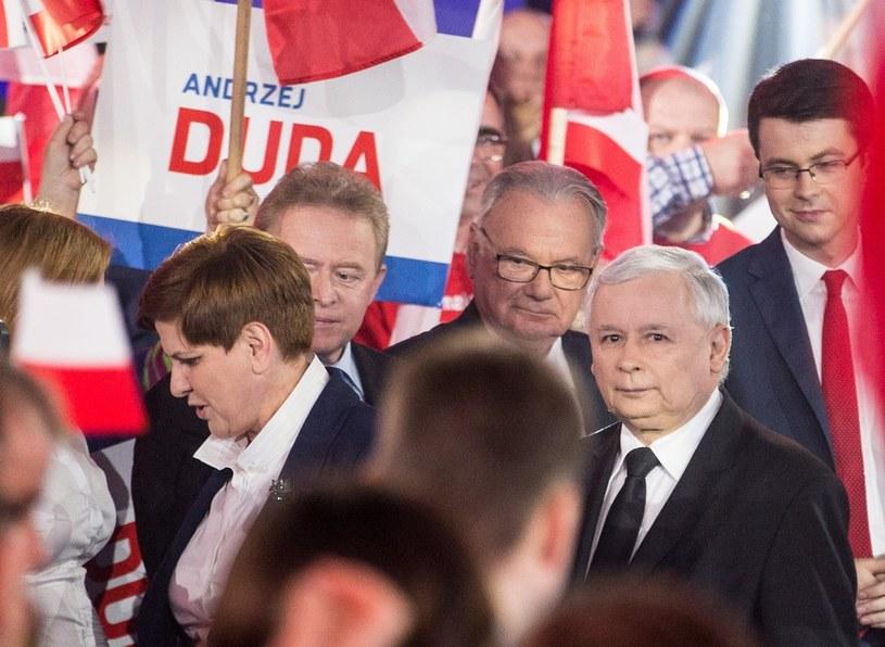 Prezes Jarosław Kaczyński i Beata Szydło na konwencji /Andrzej Iwańczuk /Reporter