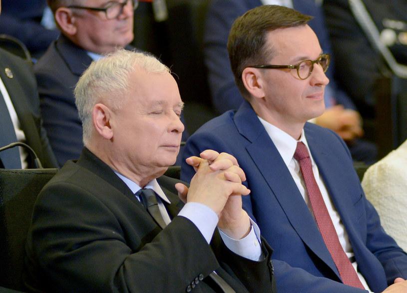 Prezes Jarosław Kaczyński i premier Mateusz Morawiecki /Łukasz Kalinowski /East News