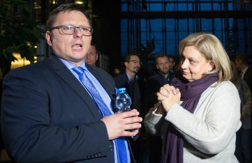 Prezes LOT Rafał Milczarski i zwolniona Monika Żelazik /Tomasz Jastrzębowski /Reporter