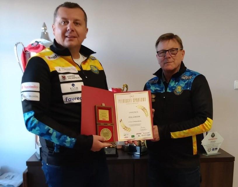 Prezes Marek Grzyb z trenerem Stanisławem Chomskim /Facebook /materiały prasowe