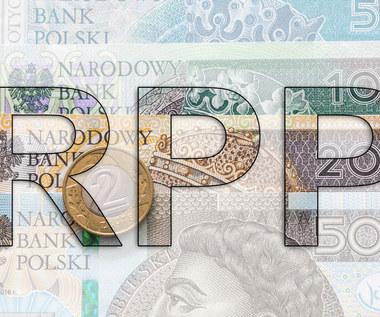 Prezes NBP rekomenduje cięcie stóp proc., w RPP zbiera się większość za obniżką