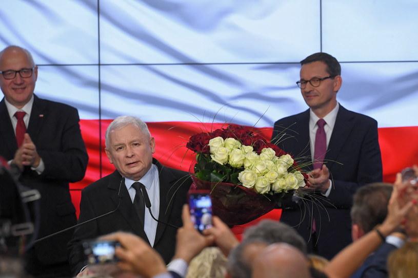 Prezes PiS Jarosław Kaczyński, europoseł Joachim Brudziński i premier Mateusz Morawiecki / Radek Pietruszka   /PAP