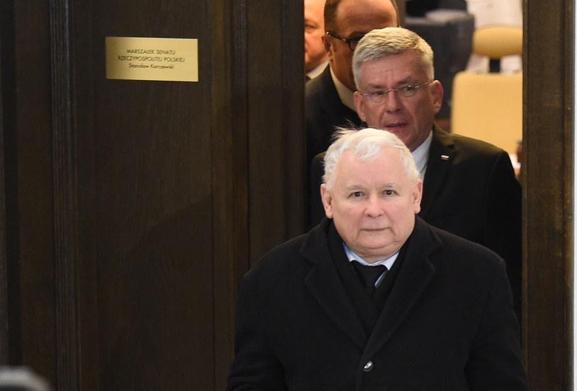 Prezes PiS Jarosław Kaczyński i marszałek Senatu Stanisław Karczewski po spotkaniu liderów partii sejmowych z marszałkiem Senatu w Senacie /Radek Pietruszka /PAP
