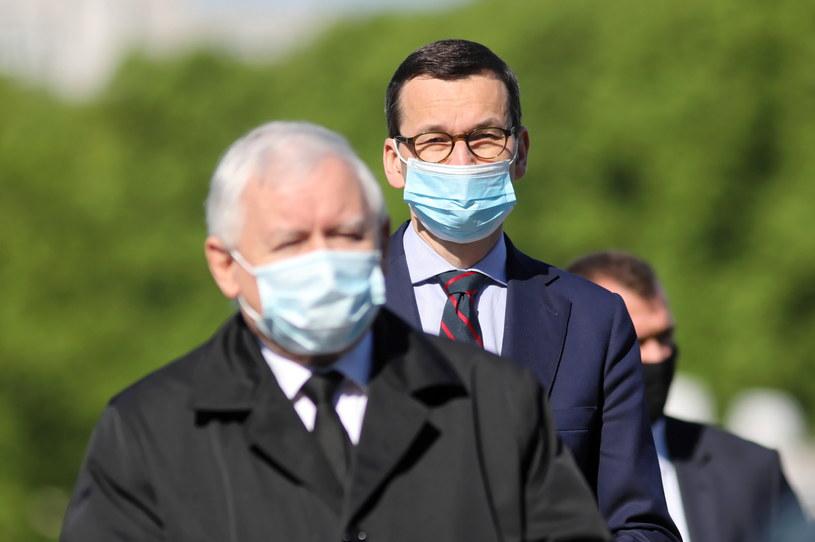 Prezes PiS Jarosław Kaczyński i premier Mateusz Morawiecki /Leszek Szymański /PAP