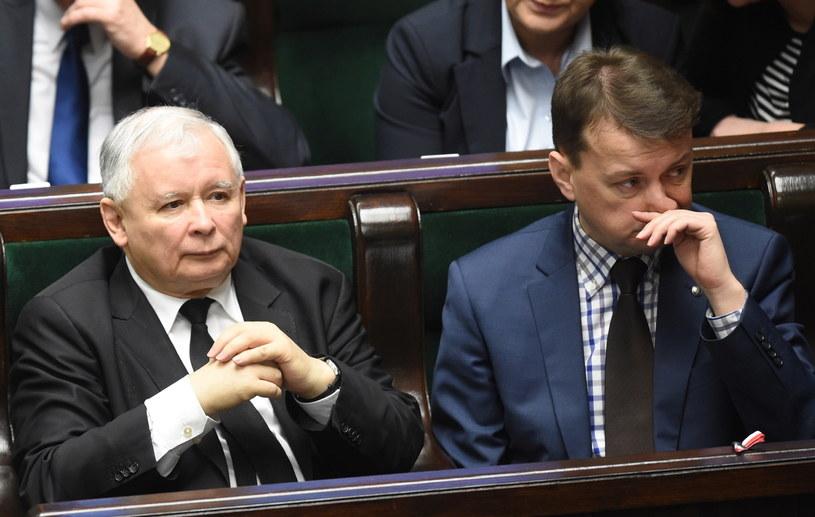Prezes PiS Jarosław Kaczyński i przewodniczący KP PiS Mariusz Błaszczak /Radek  Pietruszka /PAP