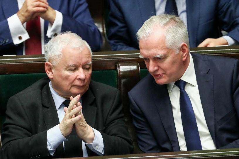 Prezes PiS Jarosław Kaczyński i szef Porozumienia Jarosław Gowin /fot. Andrzej Iwanczuk /Reporter