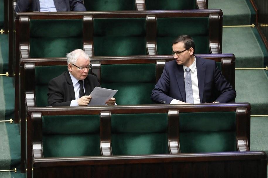 Prezes PiS Jarosław Kaczyński (L) oraz premier Mateusz Morawiecki (P) /Wojciech Olkuśnik /PAP