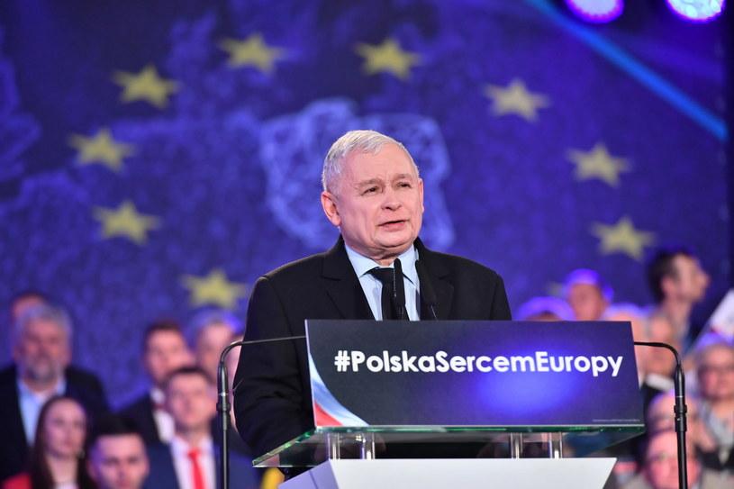 Prezes PiS Jarosław Kaczyński podczas konwencji regionalnej Prawa i Sprawiedliwości we Wrocławiu / Maciej Kulczyński    /PAP