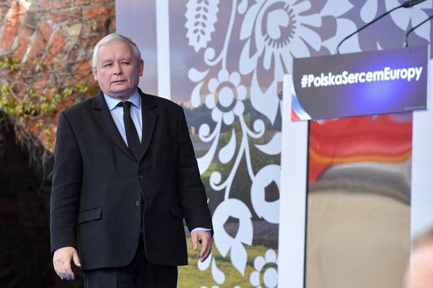 Prezes PiS Jarosław Kaczyński podczas pikniku patriotycznego w Pułtusku /Piotr Nowak /PAP