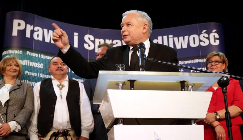 Prezes PiS Jarosław Kaczyński podczas spotkania z mieszkańcami Nowego Sącza /Grzegorz Momot /PAP
