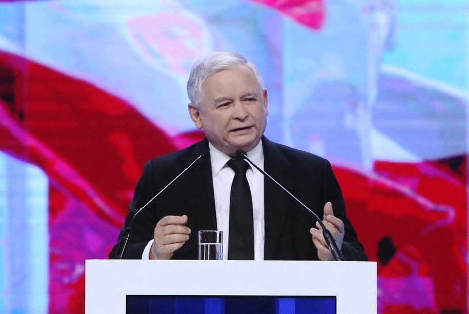 Prezes PiS Jarosław Kaczyński poinformował, że kandydatką partii na premiera będzie Beata Szydło /Paweł Supernak /PAP