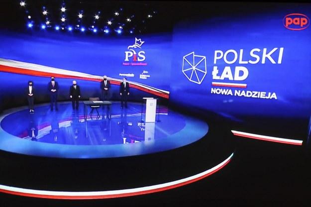 Prezes PiS Jarosław Kaczyński, premier Mateusz Morawiecki, marszałek Sejmu Elżbieta Witek oraz lider Porozumienia Jarosław Gowin i lider Solidarnej Polski Zbigniew Ziobro / Leszek Szymański    /PAP