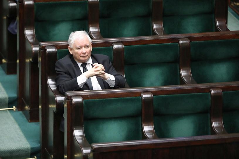 Prezes PiS Jarosław Kaczyński w Sejmie /Wojciech Olkuśnik /PAP