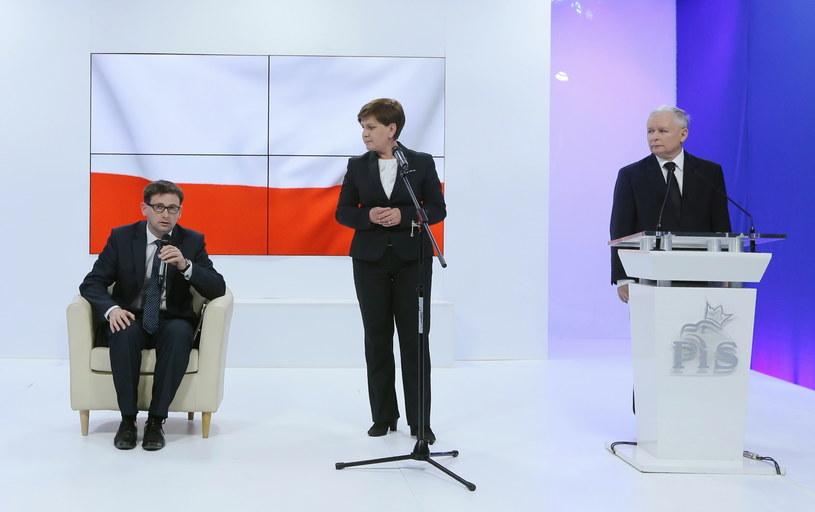 Prezes PiS Jarosław Kaczyński, wójt gminy Pcim Daniel Obajtek i wiceprezes PiS Beata Szydło /Paweł Supernak /PAP