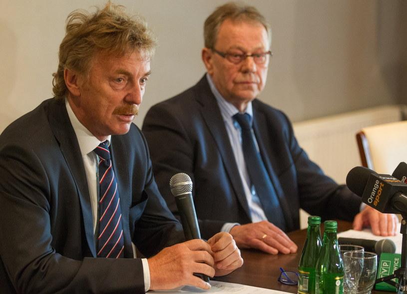 Prezes Polskiego Związku Piłki Nożnej Zbigniew Boniek i szef Śląskiego Związku Piłki Nożnej Rudolf Bugdoł /Andrzej Grygiel /PAP