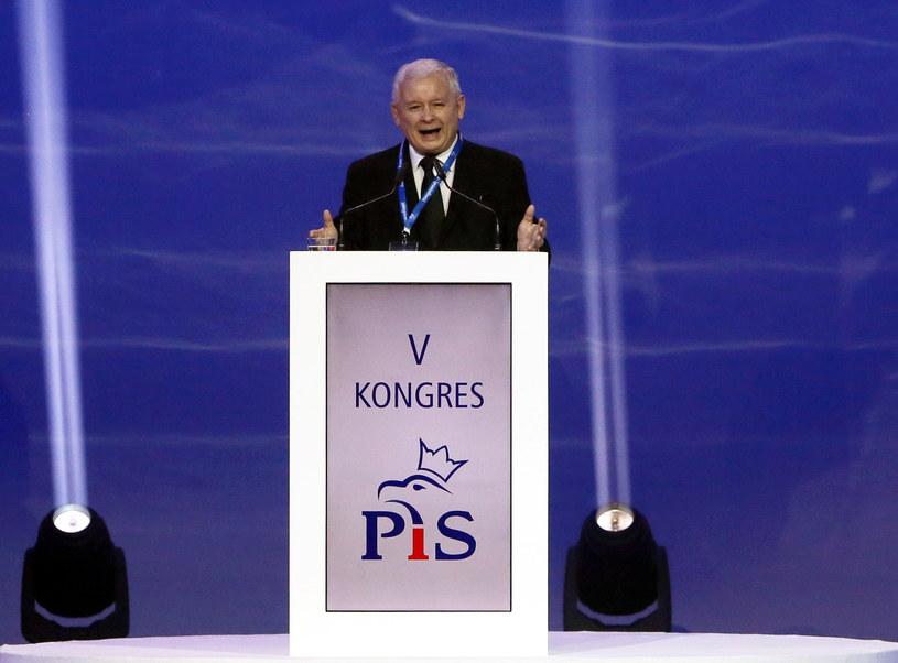 Prezes Prawa i Sprawiedliwości Jarosław Kaczyński podczas wystąpienia inaugurującego obrady kongresu PiS w Warszawie /Tomasz Gzell /PAP