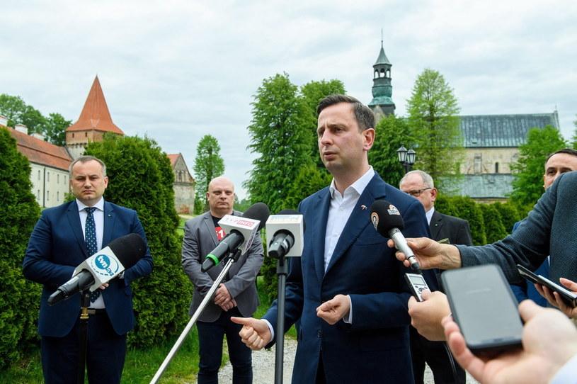 Prezes PSL, kandydat w wyborach prezydenckich Władysław Kosiniak-Kamysz w Sulejowie (woj. łódzkie) /Grzegorz Michałowski   /PAP