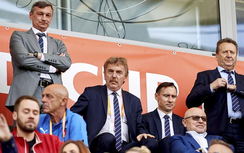 Prezes PZPN Zbigniew Boniek razem z sekretarzem generalnym PZPN Maciejem Sawickiem oglądał w Gdyni mecz Włochy - Polska. /Adam Warżawa /PAP