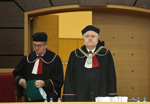 Prezes TK Andrzej Rzepliński (P) i sędzia Andrzej Wróbel (L) /PAP