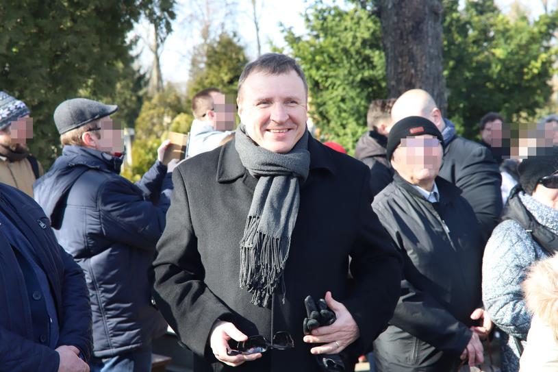 Prezes TVP Jacek Kurski na pogrzebie Cezarego Mocka /Grzegorz Galasinski/DZIENNIK LODZKI/Polska Press /East News
