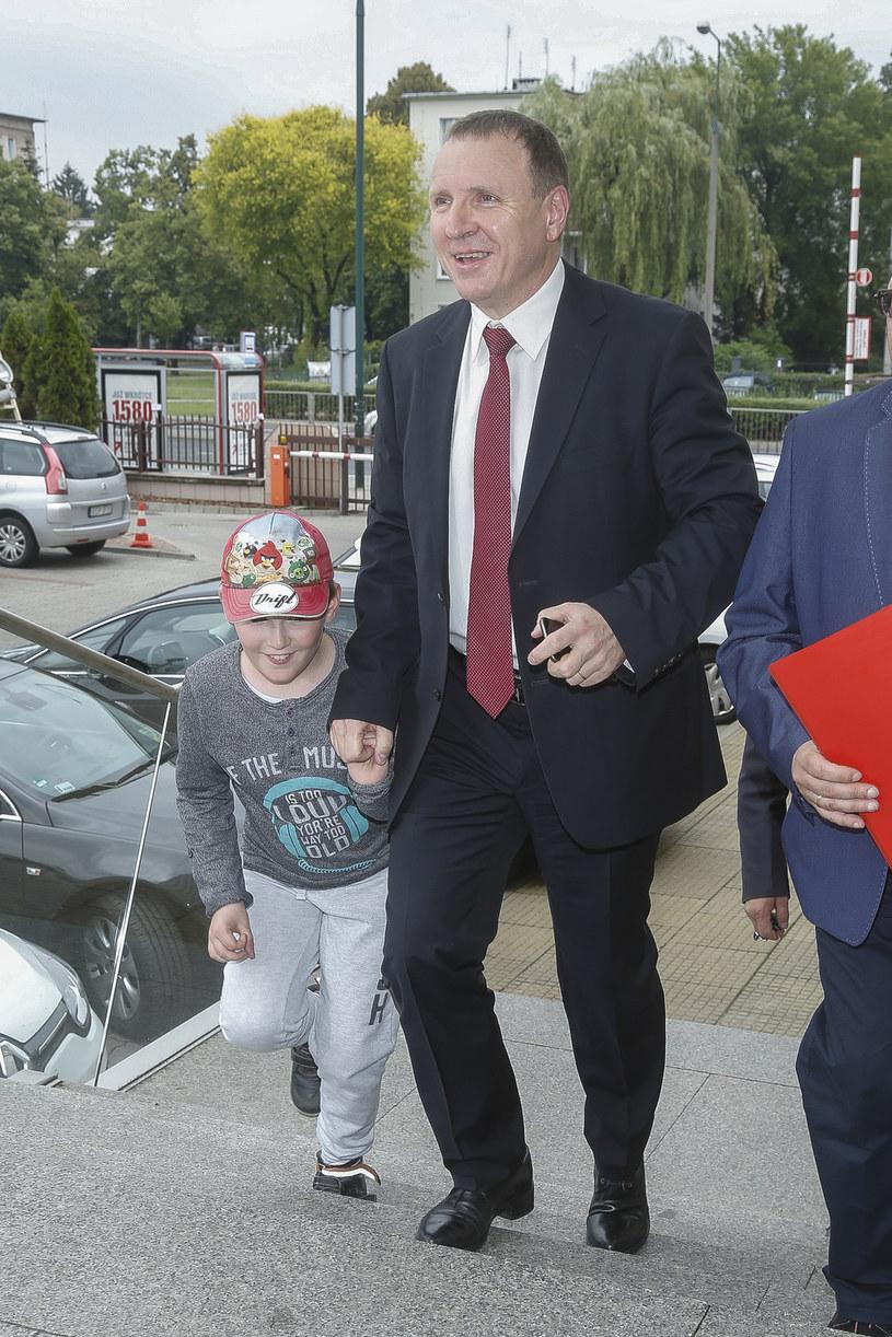 Prezes TVP Jacek Kurski z synem /AKPA