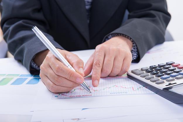 Prezes UOKiK ma wszczynać postępowania wobec nierzetelnych firm i nakładać kary finansowe /©123RF/PICSEL