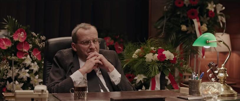 """Prezes w dniu swoich imienin - kadr z 14. odcinka """"Ucha Prezesa"""" /YouTube"""