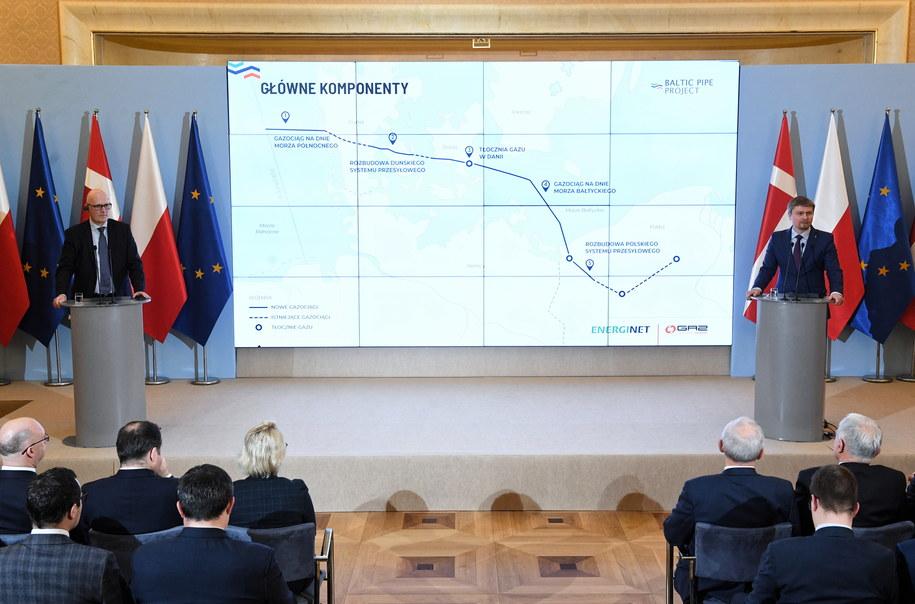 Prezes Zarządu Energinet SOV Thomas Egebo oraz prezes Zarządu OGP Gaz-System S.A. Tomasz Stępień /Radek Pietruszka /PAP