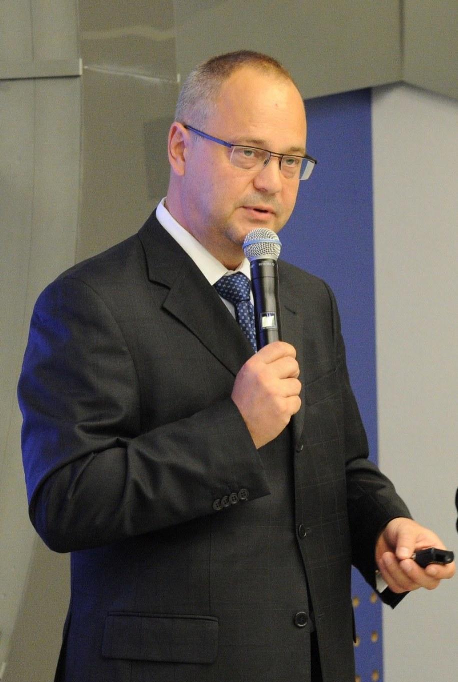 Prezes Zarządu WSiP Jerzy Garlicki / Grzegorz Jakubowski    /PAP