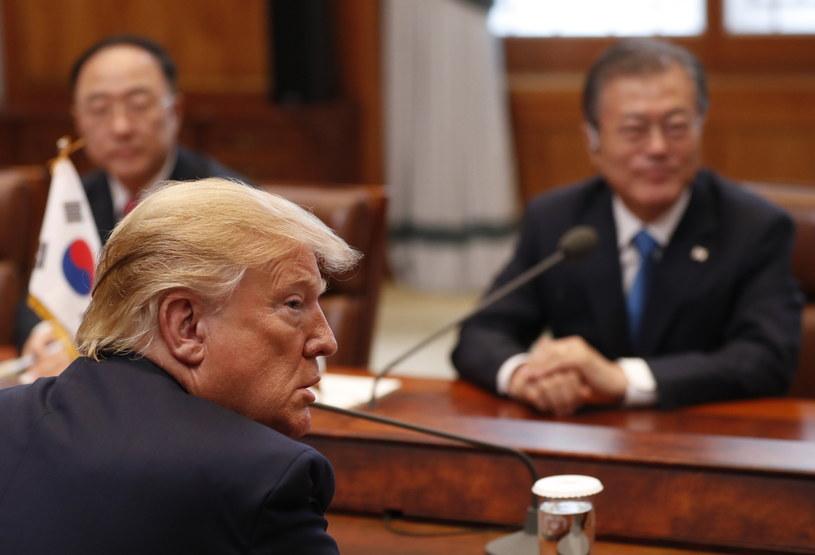Prezydenci Donald Trump i Mun Dze In /Kim Hong-ji /PAP/EPA