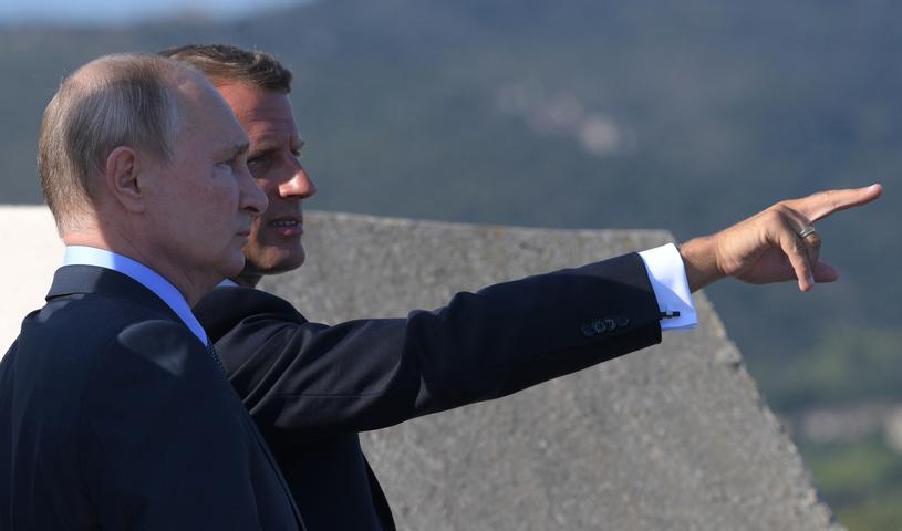 Prezydenci Marcon i Putin podczas spotkania w forcie Bregancon, 19.08.2019. /ALEXEI DRUZHININ / SPUTNIK / KREMLIN POOL /PAP/EPA