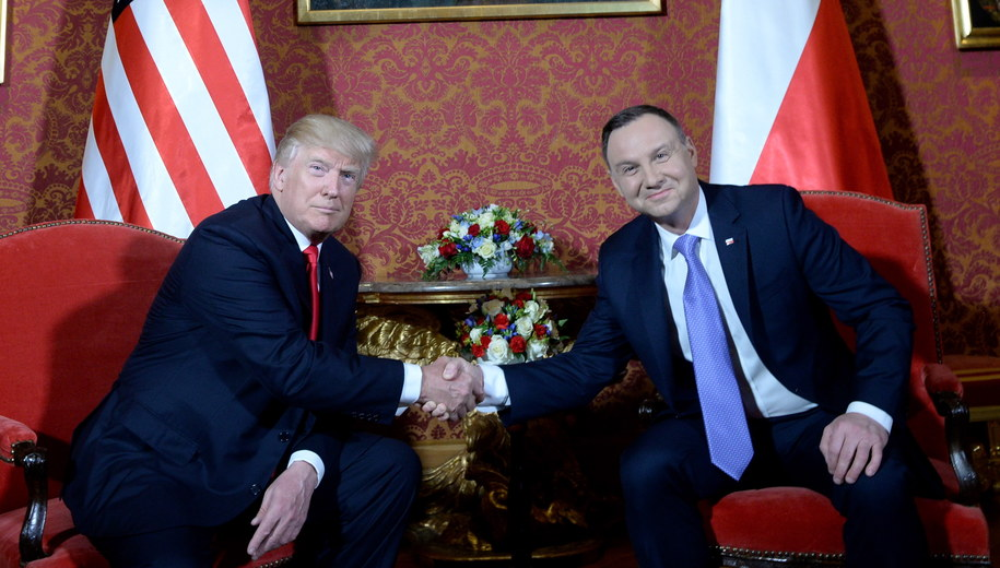 Prezydenci Polski i USA przed rozmowami /Jacek Turczyk /PAP