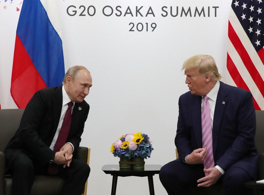 Prezydenci Putin i Trump spotkali się na szczycie w Osace /EPA/MICHAEL KLIMENTYEV/SPUTNIK/KREMLIN POOL /PAP/EPA