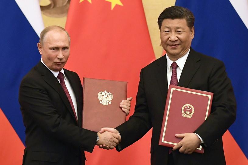 Prezydenci Rosji i Chin /NICOLAS ASFOURI /PAP/EPA